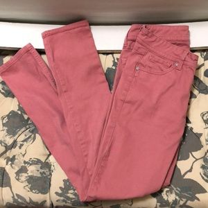Pink low rise skinny jeans from rue 21.
